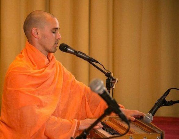 Swami Paramananda Leading Satsang | Sivananda Yoga Ranch