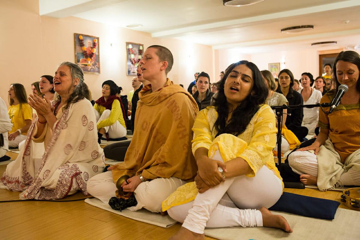 Special New Year's Eve Satsang at the Sivananda Yoga Ranch