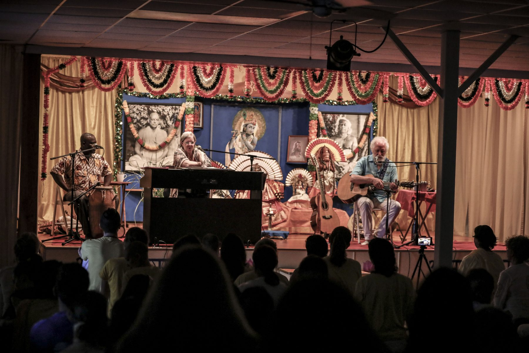 Special Evening Satsang: The Joy of Music - Concert with Rabbi Zoe B. Zak & Ken Whiteley at the Sivananda Yoga Ranch