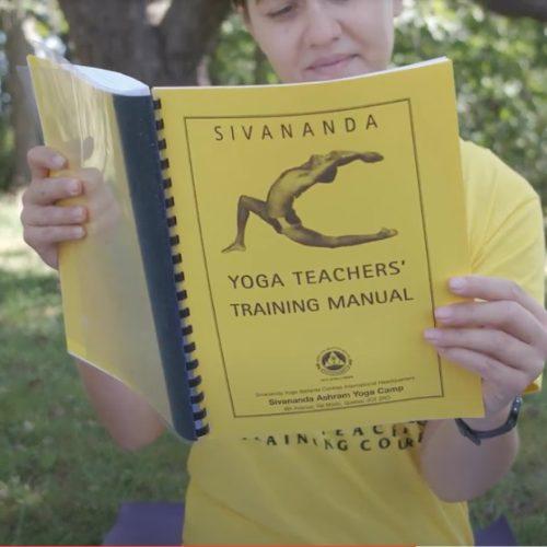 "<div style=""line-height: 1.3; color: #efa110; font-family: catamaran;"">Yoga Teacher Training</div>"